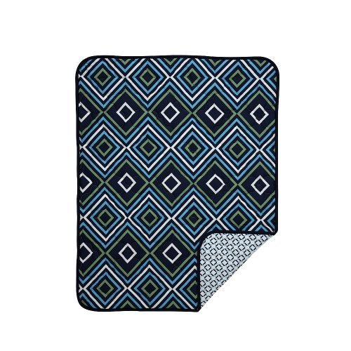 happy-chic-baby-by-jonathan-adler-charlie-chain-link-quilt-by-crown-crafts