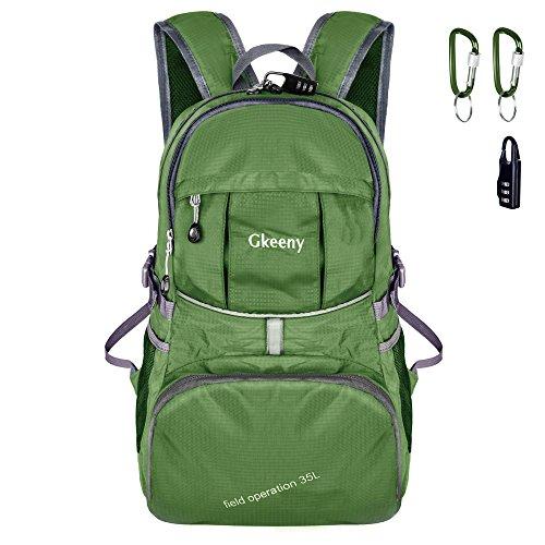 Gkeeny Leichter Rucksack 35L Tagesrucksack Ultraleicht Faltbarer Wanderrucksack Reiserucksack Daypack für Männer Frauen und Kinder für Outdoor Wandern Camping Reisen (Grün)