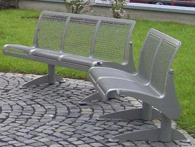 Sitzbank, ergonomisch - 3-er Bank - Gestell weißaluminium - Bank Gartenbank Holzbank Parkbank Ruhebank Sitzbank
