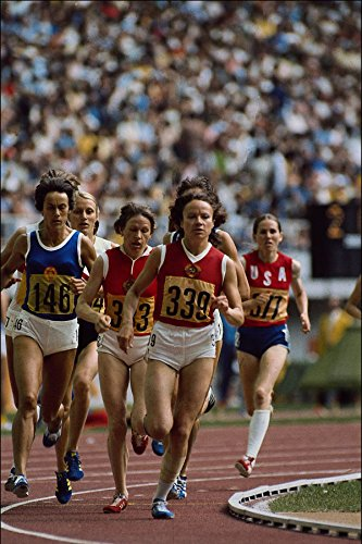 722062 Track And Field Women's 400 Meter Race On An Olympic Track A4 Photo Poster Print 10x8