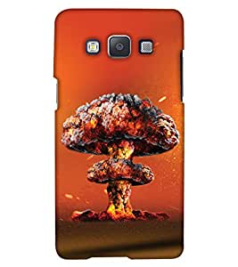 PrintHaat Designer Back Case Cover for Samsung Galaxy E7 (2015) :: Samsung Galaxy E7 Duos :: Samsung Galaxy E7 E7000 E7009 E700F E700F/Ds E700H E700H/Dd E700H/Ds E700M E700M/Ds (explosion by volcano :: clouds of gas and fire :: blast in the shape of mushroom in yellow, orange and brown)