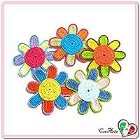 Set 5 flores de colores para aplicaciones, broche o imán de ganchillo - Tamaño: