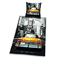 Scope of supply: 1 new york taxi bed linen, linon.Colour: yellow/grey.Material: 100% cotton.Size: 80/80 cm + 135/200 cm.With the taxi through New York - a dream? Of course. Every night the yellow taxi no 1 takes you through the city of NY to the broa...