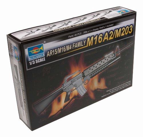 Trumpeter 01904 Modellbausatz AR15/M16/M4 FAMILY-M16A2/M203