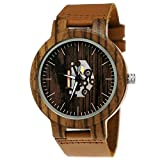 Fait main bois Allemagne® Designer Femme Homme–Horloge certifié Horloge de bois naturel Bracelet en cuir de montre de quartz analogique classique marron dans noir avec horloge fenêtre unique