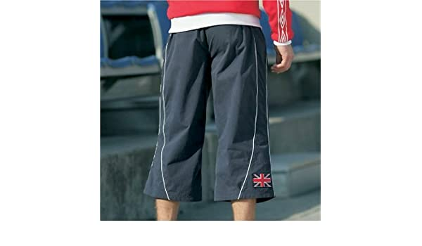 umbro three quarter shorts