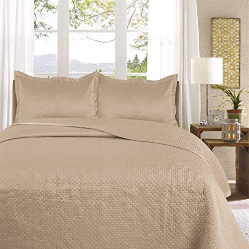Uni Couette chaude pour lit Patchwork Édredon Jeté de lit   Polysatin   Taille 220 x 240 cm   Samphira Doré   par Mode de coton