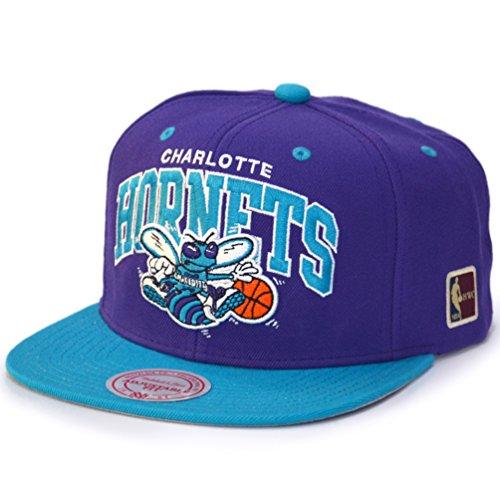 Mitchell & Ness Snapback Cap - HWC Charlotte Hornets violet