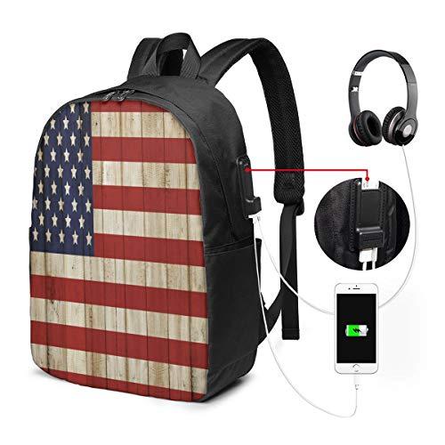 Nicokee Rucksack mit USB-Ladeanschluss, amerikanische Flagge, Independence Day Concept und beschädigter Holzzaun mit USA-Flaggen-Muster, Sport-Rucksack, Schule, Büchertasche, 43,2 cm Reiserucksack