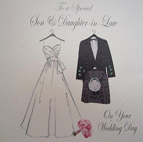 White Cotton Cards Karte für einen besonderen Gruß an den Sohn und die Schwiegertochter zur Hochzeit, Hochzeitskleid und Kilt, handgefertigte schottische Karte