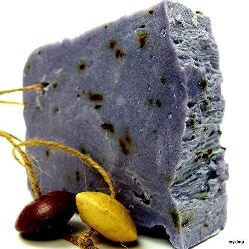handgemachte-kaltgerhrte-schafmilchseife-mit-dem-aromatischen-duft-des-lavendels-mit-dekoteilen-an-e