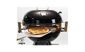 Moesta-BBQ 10081 Smokin' PizzaRing - Pizzaset – Perfekte Pizza vom Kugelgrill - Mit Pizzaschieber, Pizzastein, Pizza-Blech und Thermometer- Für Grills mit 47cm Ø