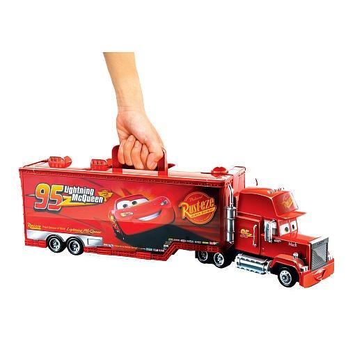 disney-cars-2-mack-truck-sammelkoffer