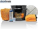 Detailmate Set Handwäsche: GritGuard Wascheimer 3,5 GAL (ca. 13L) + Grit Guard Einsatz + Liquid Elements Orange Baby Trockentuch + Koch Chemie NanoMagic Autoshampoo 750ml + Waschhandschuh + Messbecher