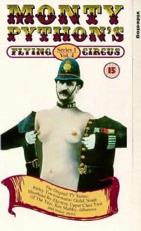Preisvergleich Produktbild Monty Python's Flying Circus - Series 1,  Volume 4 [UK Import] [VHS]