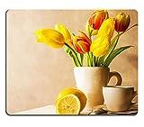 Mousepads Stillleben mit Ein Bouquet von gelb Tulpen und Tasse Tee Bild 31215215von MSD Matte Desktop Laptop Gaming Mauspad
