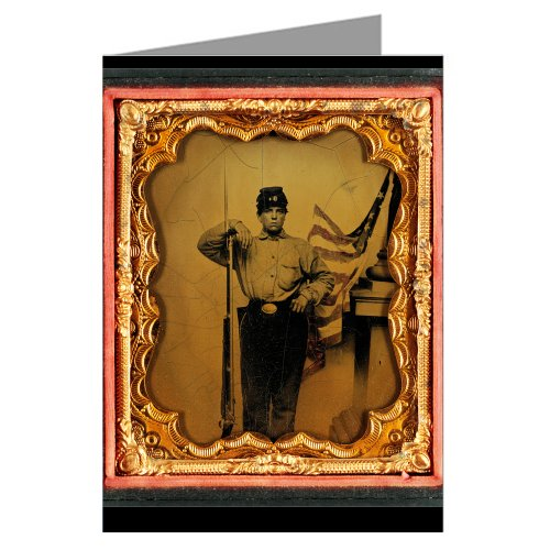 6-vintage-greeting-cards-of-union-soldier-in-uniform-with-bayoneted-musket-in-front-of-painted-backd
