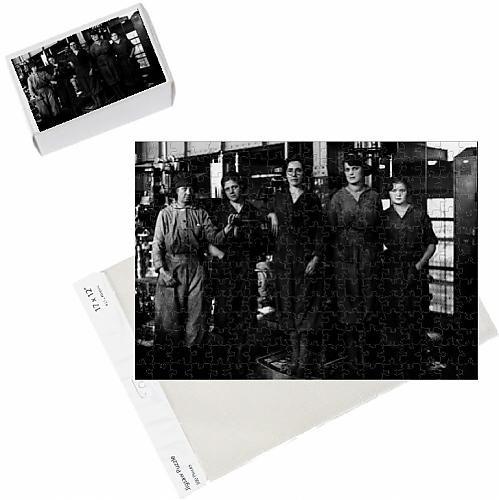 photo-jigsaw-puzzle-of-westinghouse-women-c1918-b-w-photo