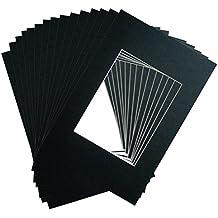 Marcos de fotos Paspartú –Paquete de 15- de color Negro- Tamaño exterior: 20x25cm, tamaño abierto de los Paspartús: 13x18cm