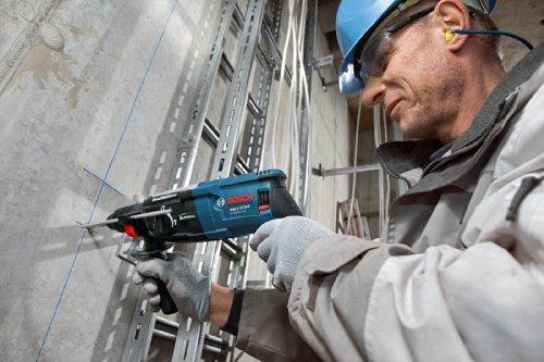 Bosch Professional GBH 2-28 DFV Bohrhammer (SDS-plus-Wechselfutter, 13 mm Schnellspannbohrfutter, bis 28 mm Bohr-Ø, Koffer) blau - 5