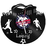 GRAVURZEILE Schallplattenuhr Leipzig - 100% Vereinsliebe - Upcycling Design Wanduhr aus Vinyl Made in Germany