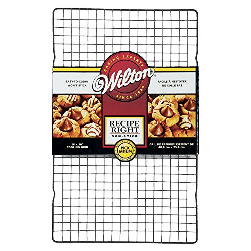 Foto de Wilton 2105-9716 - Rejilla antiadherente para enfriar Recipe Right, 40.6 x 25.4 cm