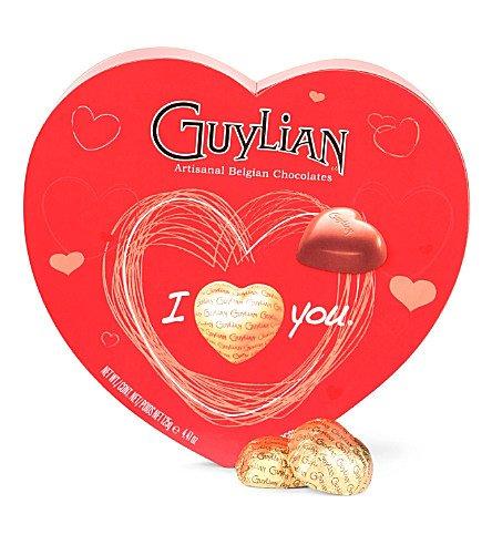 guylian-heart-hazelnut-praline-filled-chocolate-box-105g