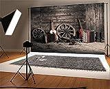 YongFoto 2,2x1,5m Vinilo Telón de Fondo Granero Viejo Vaquero Occidental Rueda de la Vendimia Botas Guitarra Paja Fondo para Fotografia Fiesta Niños Boby Retrato Personal Estudio Fotográfico Accesorios