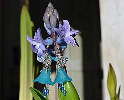 Boucles d'oreilles fleurs bleus avec petits cristaux Swarovski Elements, bijoux fée bleu/gothique/elfique/sorcière/dark mori/strega/Reine des elfes/païen/fantaisie