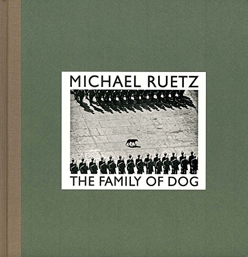Michael Ruetz, the family of dog par Michael Ruetz
