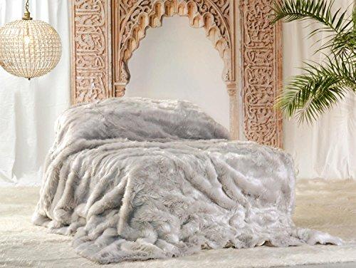 Élégante, grande couverture en fourrure Zibeline dans Argenté/gris 220 x 240 cm