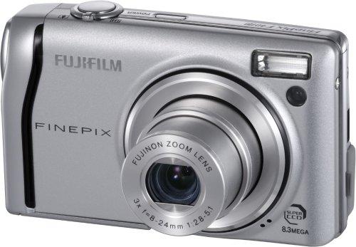 FujiFilm FinePix F40fd Digitalkamera (8 Megapixel, 3-fach opt. Zoom, 6,4 cm (2,5 Zoll) Display)