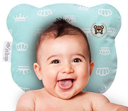 Orthopädisches Babykissen inkl. Bezug gegen Verformung & Plattkopf für Säuglinge und Kleinkinder - für sicheren Schlaf und eine natürliche runde Kopfform. Schadstoffrei und Öko-Tex zertifiziert