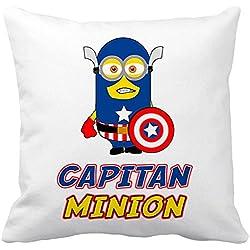 Cojín con relleno Capitán América Minion - Blanco, 35 x 35 cm