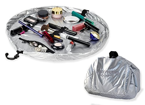 lay-n-go-cosmo-toiletry-bag-silver
