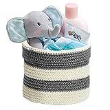 mDesign Corbeille de rangement tricotée pour accessoires de bébé, pour jouets, livres, médicaments, lotions, bavoirs - Petit, Gris / Ivoire