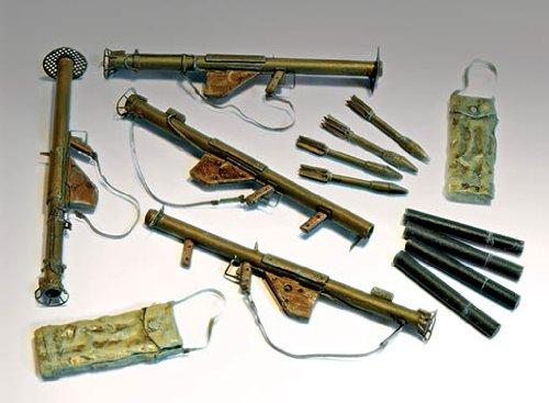 plusmodel-135-bazooka-m1-and-m1a1