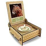 FANS & Friends TROSTLICHT | Trauerkerze Pferd | personalisiert mit Foto & mit Namen | Holz-Box mit Spruch & Hufeisen | Andenken Pferd Erinnerung | Trauer Haustier