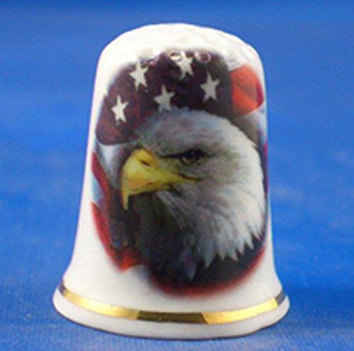 American Royalty In China (Porzellan Sammlerstück Fingerhut American Eagle, Sterne und Streifen)