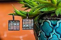 Orecchini Collezione ALHAMBRA. Questa collezione di gioielli si è ispirata alla magia dei Palazzi Nazaríes dell'Alhambra di Granada, in Spagna. Degli splendidi mosaici in ceramica piena di colori coprono i muri di questo incredibile palazzo. ...