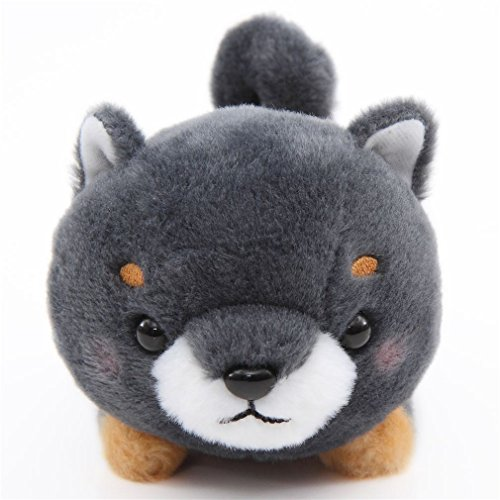Peluche kawaii perro gris oscuro pañuelo naranja Mameshiba San Kyodai de Japón