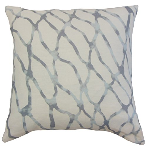 the-pillow-collection-ennise-graphic-cushion-cover-blue