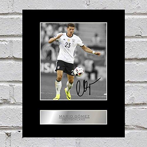 Mario Gomez Signiert Foto Display Deutschland (Gomez Mario)
