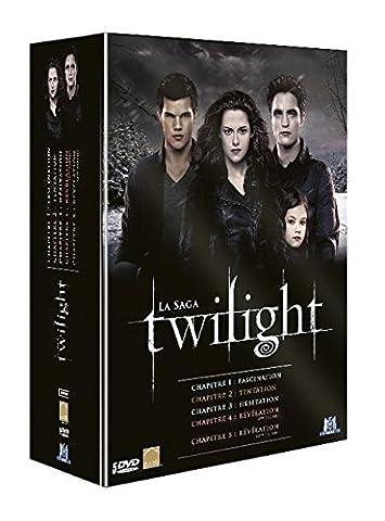Twilight, La saga : Chapitre 1 : Fascination + Chapitre 2 : Tentation + Chapitre 3 : H??sitation + Chapitre 4 : R??v??lation, 1??re partie + Chapitre 5 : R??v??lation, 2??me partie