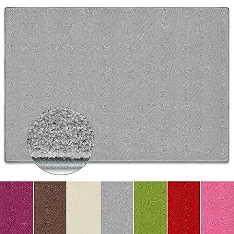 Teppich Noblesse | viele Größen | mit GUT-Siegel | flauschig getufteter Flor in modernen Farben | für Wohnzimmer, Schlafzimmer, Jugendzimmer (silber grau, 140x200