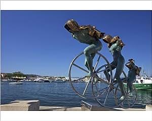 Imprimé photographique de Sisyphus sculpture, Par Anna Chromy, seafront, St. Tropez Var, Provence