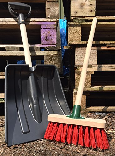childrens-play-outdoor-garden-sweeping-brush-kids-shovel-and-broom-set