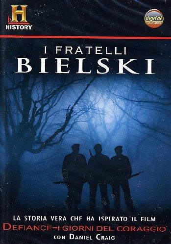 i-fratelli-bielski-la-vera-storia-di-defiance-dvd-booklet