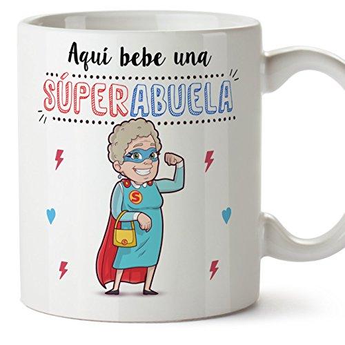 MUGFFINS Taza Abuela - Aquí Bebe una Super Abuela - La Mejor Taza Desayuno del Mundo - Taza Desayuno/Idea Regalo Original/Día de la Madre para Abuelitas. Cerámica 350 mL