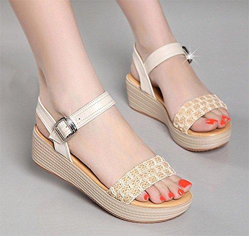 Sandalen für Damen Wort-Typ mit schweren Boden offene Schuhe und bequeme Freizeitschuhe wilde Studenten beige 152